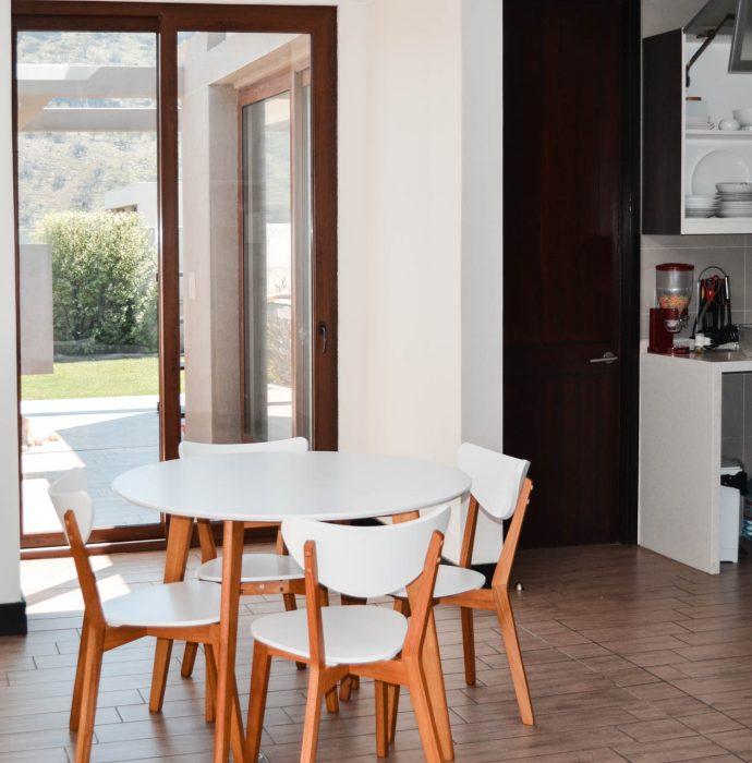 Construcción sala de estar, logia y canil